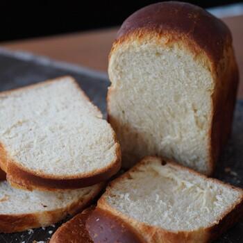 Huckleberry Milk Loaf